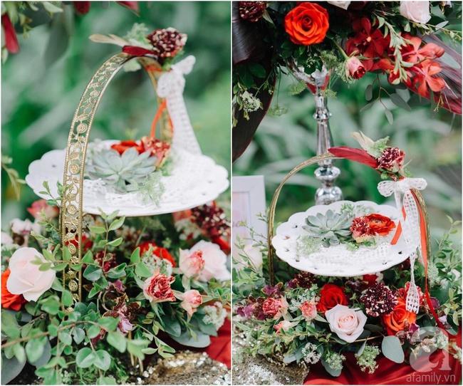 Cặp đôi Hà Thành trang trí tiệc cưới sân vườn với sắc đỏ đẹp như một giấc mơ về hạnh phúc - Ảnh 22.
