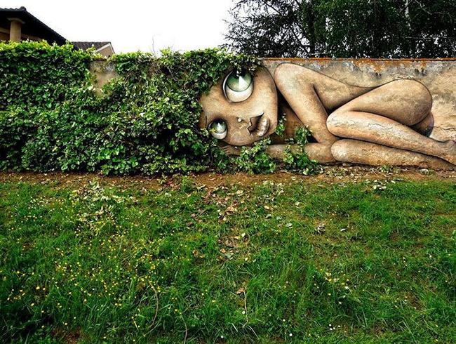 Nghệ thuật đường phố siêu sáng tạo nhờ kết hợp với thiên nhiên xung quanh - Ảnh 18.