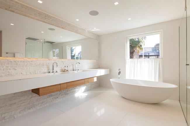 Mách bạn tuyệt chiêu trang trí cho nhà tắm vừa đẹp vừa deep - Ảnh 4.