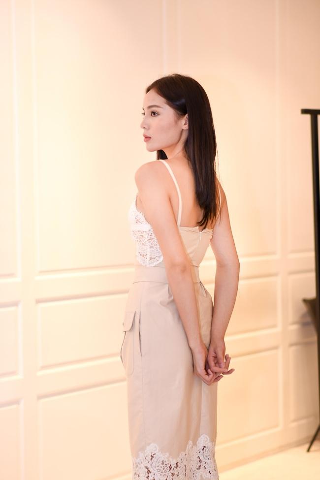 Hoa hậu Kỳ Duyên xuất hiện với gương mặt thon gọn khi dự sự kiện - Ảnh 9.