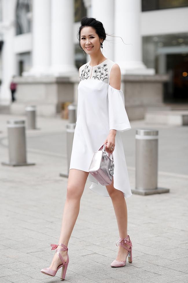 Hoa hậu Dương Thùy Linh đẹp mong manh trên phố - Ảnh 5.