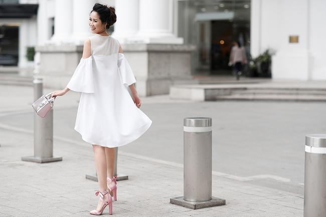 Hoa hậu Dương Thùy Linh đẹp mong manh trên phố - Ảnh 6.