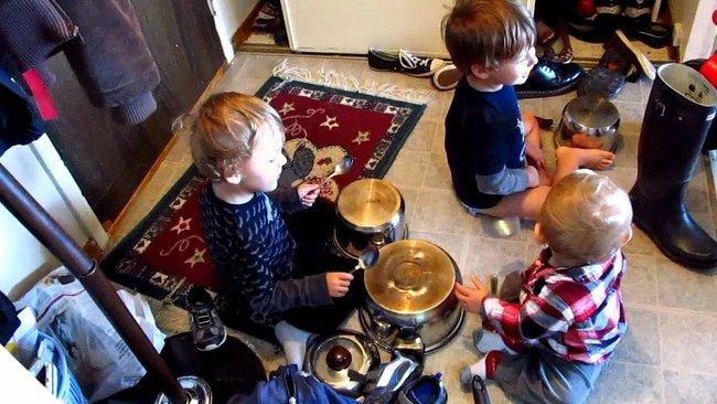 Những trò chơi đơn giản ngay tại nhà lại giúp bé phát triển trí não cực tốt - Ảnh 6.