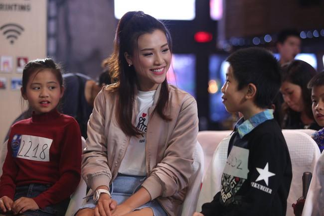 Hoàng Oanh, Ngọc Khuê điên đảo vì dàn thí sinh Idol Kids siêu đáng yêu - Ảnh 4.