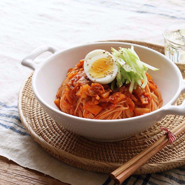 Mỳ trộn kim chi, món ngon cực dễ ăn cho ngày oi nóng - Ảnh 4.