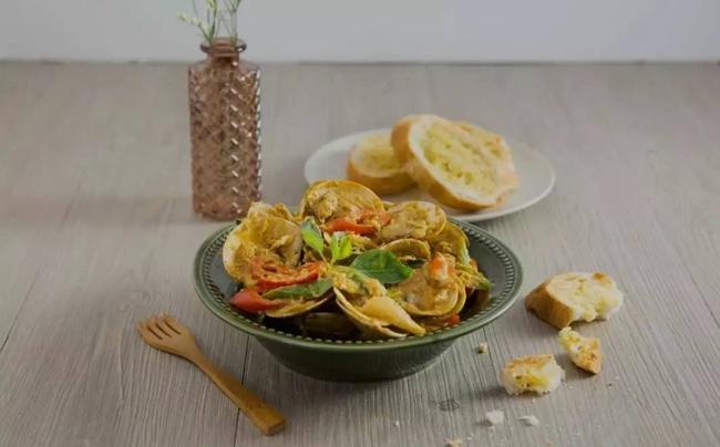 Ngao xào cà ri kiểu Thái - món ăn vặt đang lên ngôi - Ảnh 6.