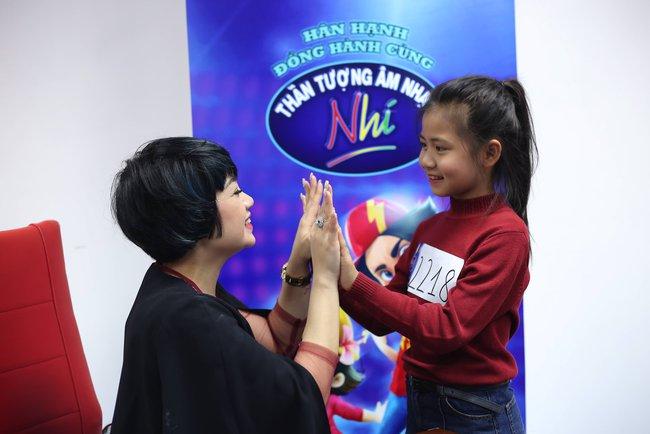 Hoàng Oanh, Ngọc Khuê điên đảo vì dàn thí sinh Idol Kids siêu đáng yêu - Ảnh 7.