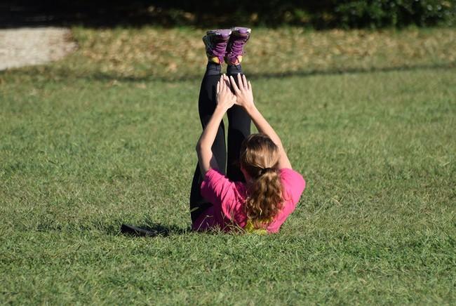 Đừng tưởng tập thể dục nhiều là tốt, cô gái này đã phải trả giá đắt vì nghiện thể dục - Ảnh 2.
