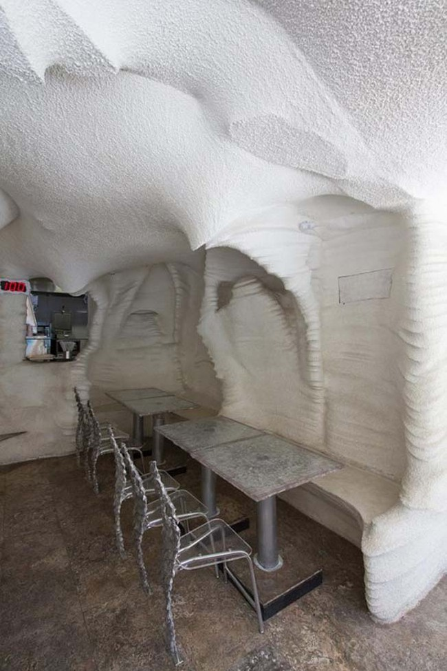 Nhà hàng xây bằng muối khiến ai bước vào cũng chẳng muốn ra - Ảnh 4.
