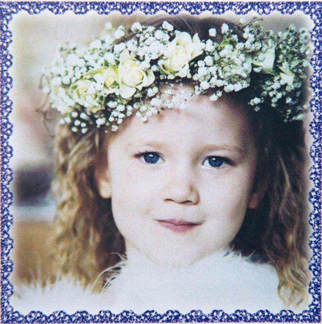 Con gái 4 tuổi bị đâm chết trên đường đi học, hành động của bố mẹ bé đã khiến người lạ cúi đầu - Ảnh 3.