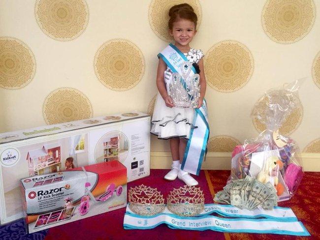 Tham dự ngót 100 cuộc thi hoa hậu từ lúc 4 tháng, bé gái 5 tuổi đã đốt gần 1 tỷ vào váy áo - Ảnh 5.