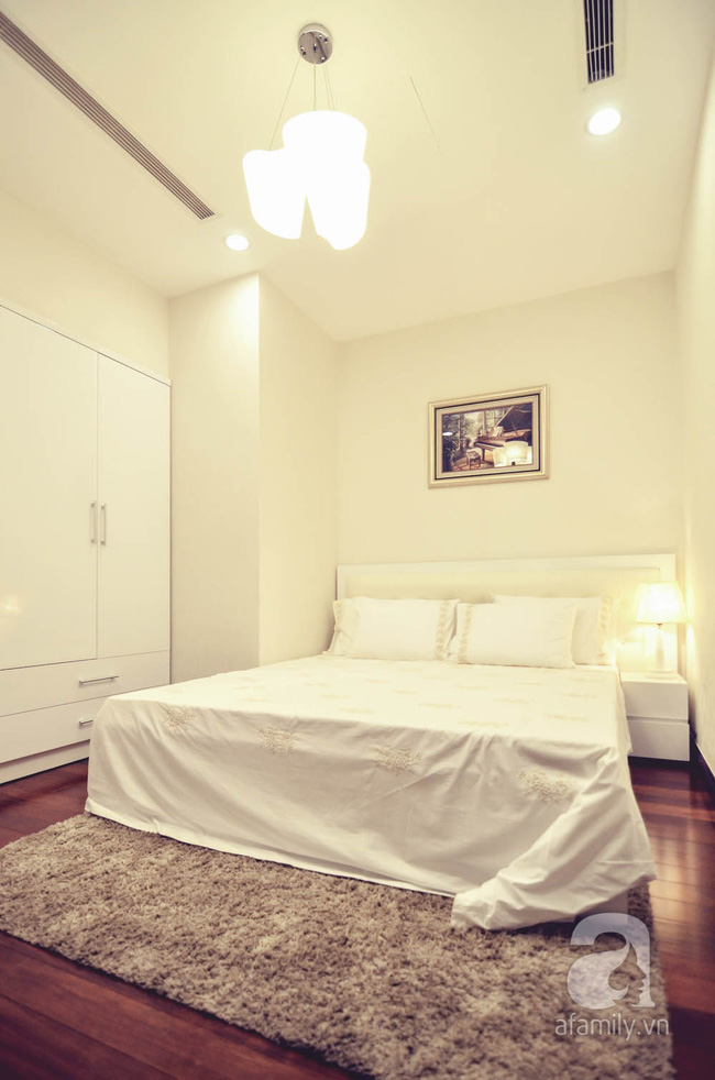 Căn hộ 93m² đơn giản nhưng vẫn đẹp hút hồn của vợ chồng trẻ ở Hà Nội - Ảnh 8.