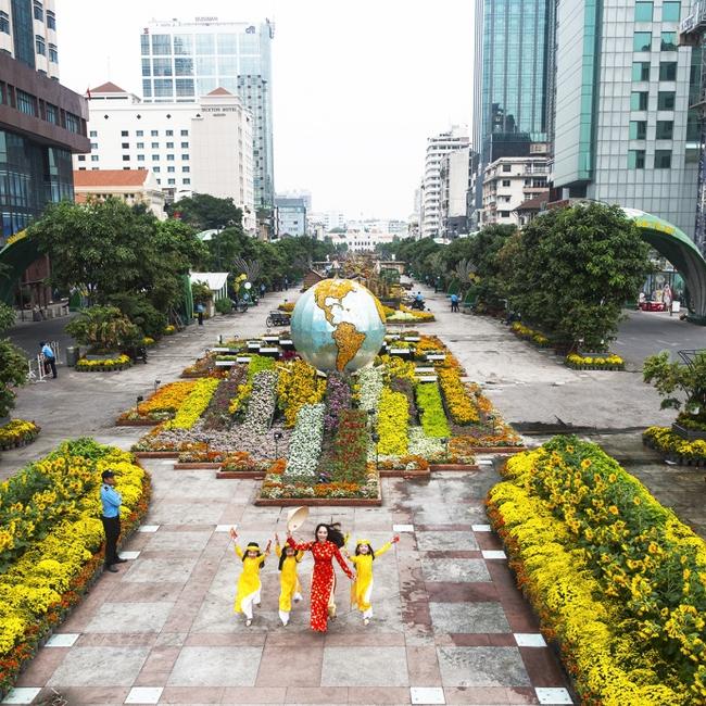 6 tụ điểm chơi Tết chuẩn không cần chỉnh trong những ngày đầu năm ở Sài Gòn - Ảnh 5.