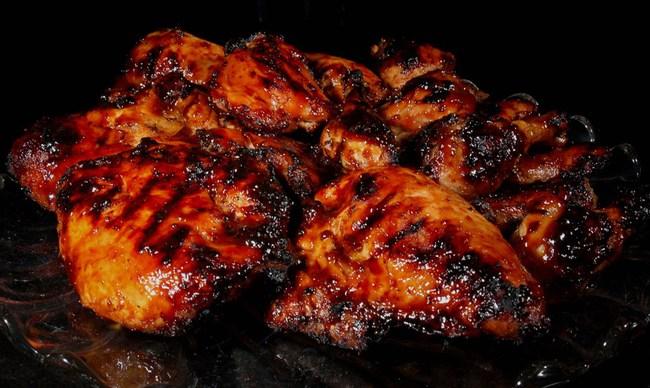 """Đừng vội vứt thức ăn bị cháy khét bởi có hàng tá cách đơn giản để """"cứu"""" lấy chúng. - Ảnh 2."""