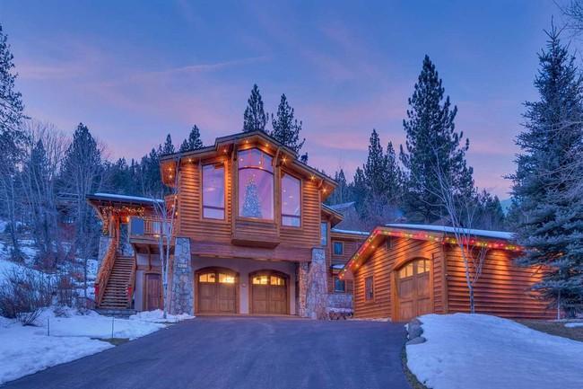 9 ngôi nhà có tuyết bao phủ đẹp như mùa đông ở xứ sở thần tiên - Ảnh 2.