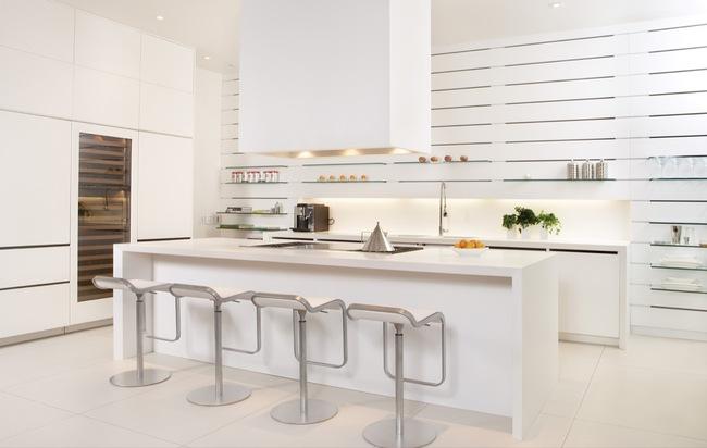 15 căn bếp hiện đại với sắc trắng tinh tế và vô cùng bắt mắt - Ảnh 1.