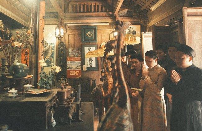 Bộ ảnh 100 năm đám cưới Việt Nam của cô dâu chú rể yêu những gì cũ kỹ, hoài cổ - Ảnh 2.