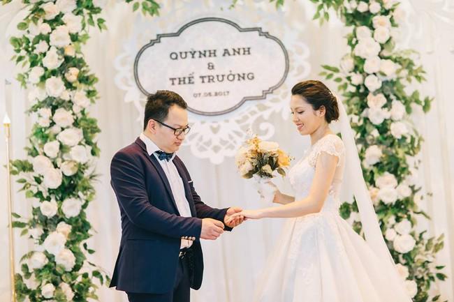 Phát sốt với 100 năm đám cưới Việt Nam, bộ ảnh cưới độc đáo của của cô dâu chú rể yêu những gì hoài cổ - Ảnh 29.