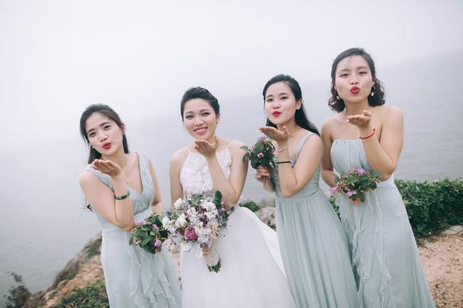 Bộ ảnh 100 năm đám cưới Việt Nam của cô dâu chú rể yêu những gì cũ kỹ, hoài cổ - Ảnh 33.