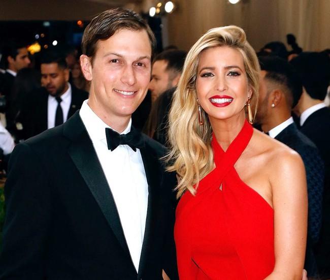 Điều ít biết về chuyện tình của con gái Tổng thống Mỹ và chàng tỷ phú đẹp trai tài giỏi - Ảnh 1.