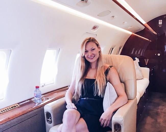 Cuộc sống đáng mơ ước của nữ phi công 9X - Ảnh 2.
