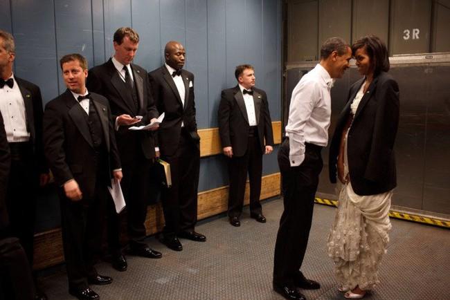 Những khoảnh khắc đáng nhớ bên vợ con của Obama - Ảnh 4.