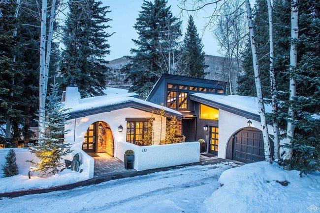 9 ngôi nhà có tuyết bao phủ đẹp như mùa đông ở xứ sở thần tiên - Ảnh 3.