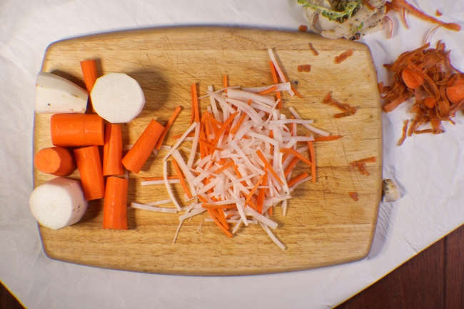 Bạn cũng có thể tự làm hũ cà rốt, củ cải muối chua ngon quên sầu chỉ bằng vài bước cực đơn giản - Ảnh 3.