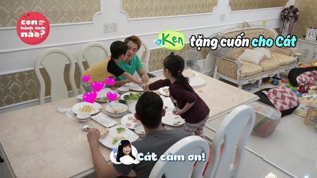 Gia đình Đăng Khôi, Huy Khánh mệt bở hơi tai khi lần đầu cho các nhóc tì gặp nhau - Ảnh 4.