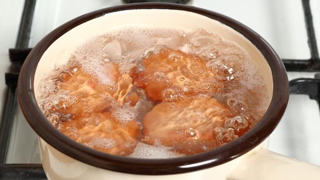 Trứng chiên, trứng luộc dễ làm nhưng nếu chế biến sai cách thì cũng chẳng còn ngon và bổ nữa - Ảnh 7.