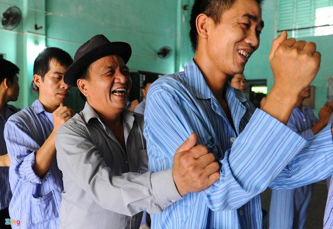 Ở Việt Nam, ngày nào cũng là Quốc tế Hạnh phúc - Ảnh 9.
