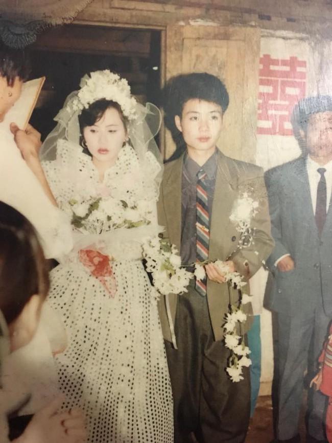 Nhìn lại ảnh cưới của phụ huynh thời ông bà anh: hóa ra bố mẹ ta từng có một thời thanh xuân như thế - Ảnh 4.