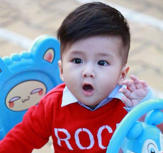 Tuyển tập những kiểu tóc đẹp cho bé trai giúp các mẹ thỏa thích biến con mình thành soái ca - Ảnh 16.