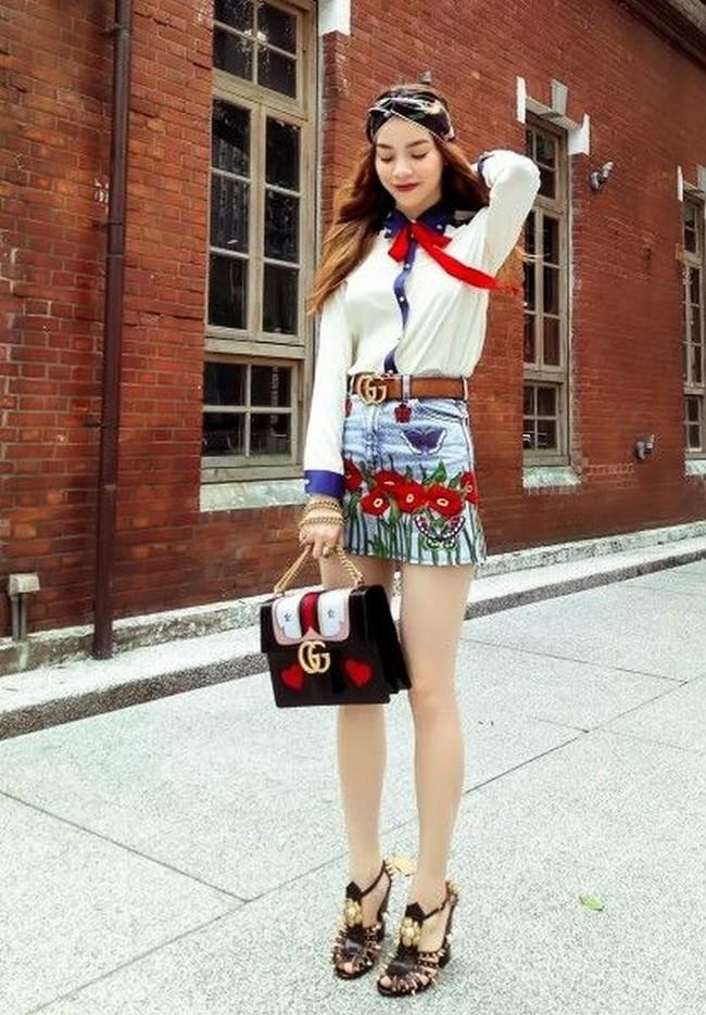 Những người đẹp Việt rất trung thành với một hãng túi hiệu - Ảnh 20.