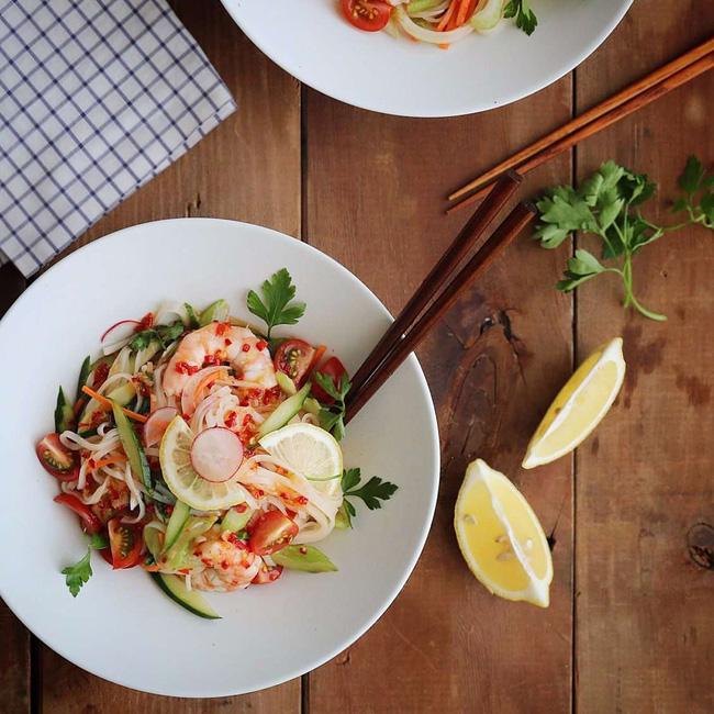 Bữa trưa ăn mỳ trộn kiểu Thái thì vừa ngon miệng lại vừa có da đẹp dáng chuẩn - Ảnh 6.