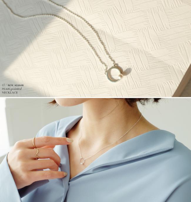 Hãy kết hợp thêm món phụ kiện này nếu bạn cảm thấy những thiết kế váy áo của mình đơn điệu! - Ảnh 6.
