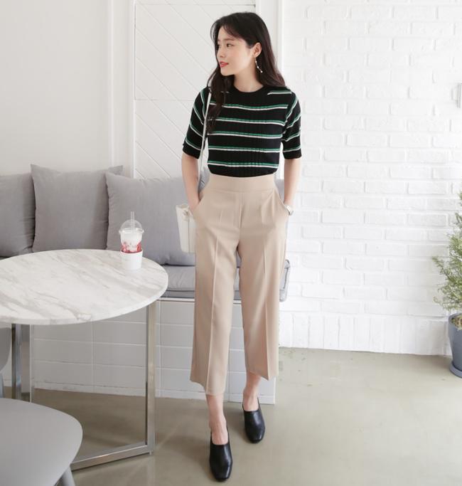Diện quần dài vào mủa nắng nóng sẽ không còn là nỗi ám ảnh nhờ những mẫu quần jeans, quần vải này - Ảnh 3.