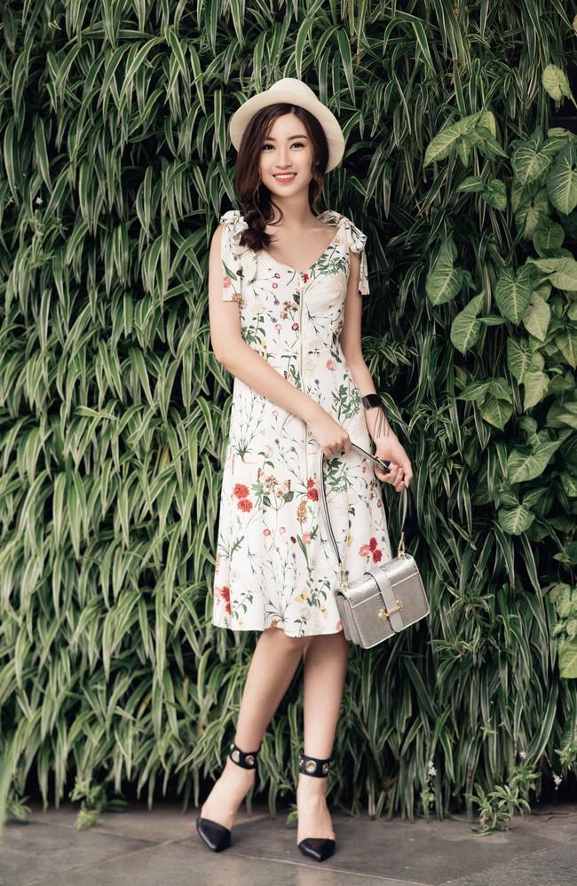 Hoa hậu Đỗ Mỹ Linh khoe vẻ đẹp trong sáng và nụ cười như mùa thu tỏa nắng - Ảnh 10.