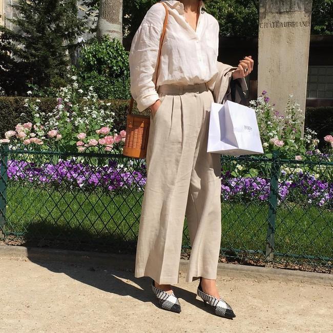 Street style châu Á: không hẹn mà gặp, các quý cô châu Á đều đồng loạt chuyển sang style nữ tính bất ngờ - Ảnh 2.