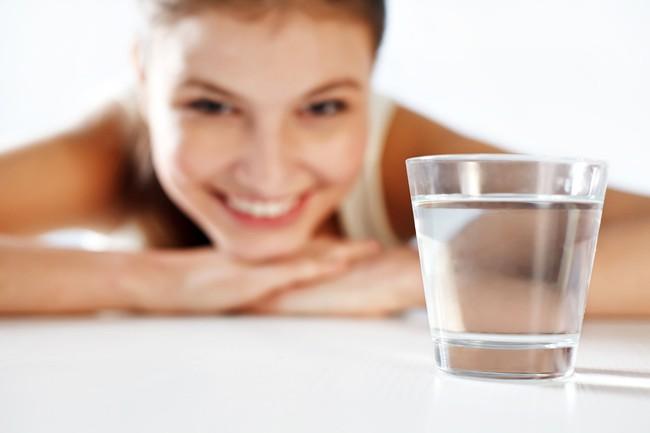 Những cách trị cơn thèm ăn cực hiệu quả để giảm nguy cơ tăng cân - Ảnh 2.
