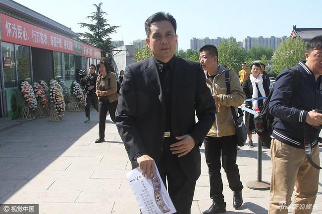 Dàn diễn viên Tây Du Ký tề tựu trong đám tang nữ đạo diễn Dương Khiết - Ảnh 5.