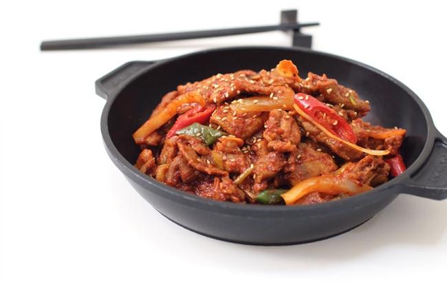 Thịt xào (Korean style)