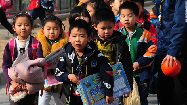 6 điểm khác biệt rõ rệt trong việc dạy dỗ trẻ em Mỹ và Trung Quốc - Ảnh 3.