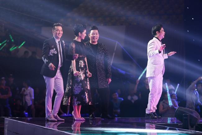 Lệ Quyên - Quang Lê rời ghế nóng, chạy lên sân khấu nhảy múa tưng bừng với thí sinh - Ảnh 4.