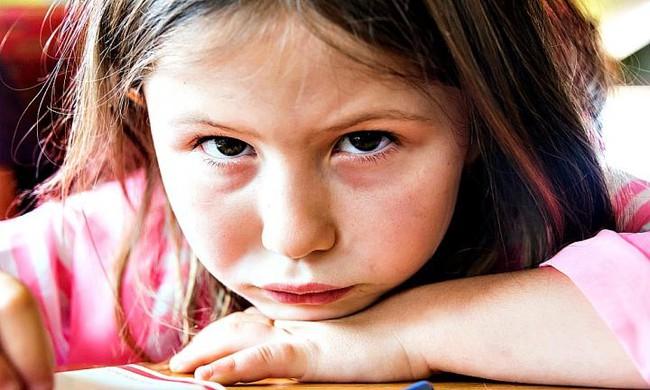 Tự kỷ không phải là bệnh -  Tự kỷ là một hội chứng - Ảnh 1.