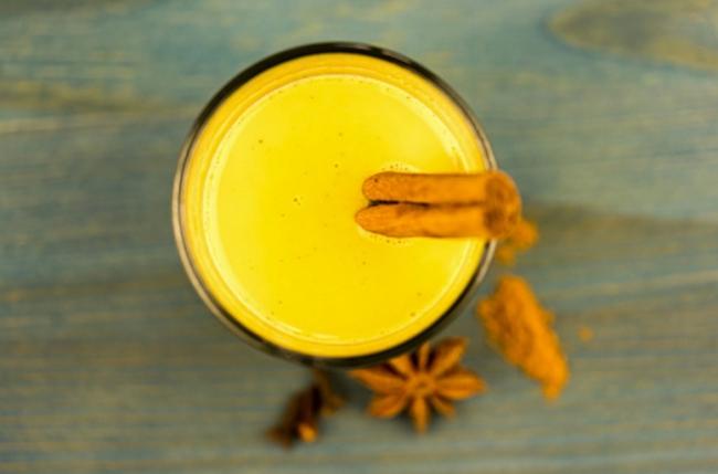 Trộn gừng, nghệ với nước cốt dừa sẽ giúp bạn detox gan ngay khi ngủ và còn nhiều hơn thế - Ảnh 4.