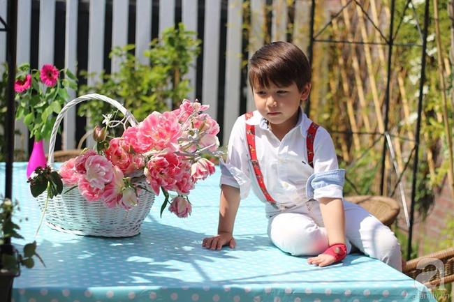 Vẻ đẹp cuốn hút của hoàng tử lai mang 2 dòng máu Việt – Hà Lan - Ảnh 11.