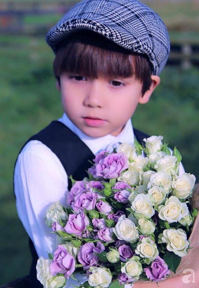 Vẻ đẹp cuốn hút của hoàng tử lai mang 2 dòng máu Việt – Hà Lan - Ảnh 16.