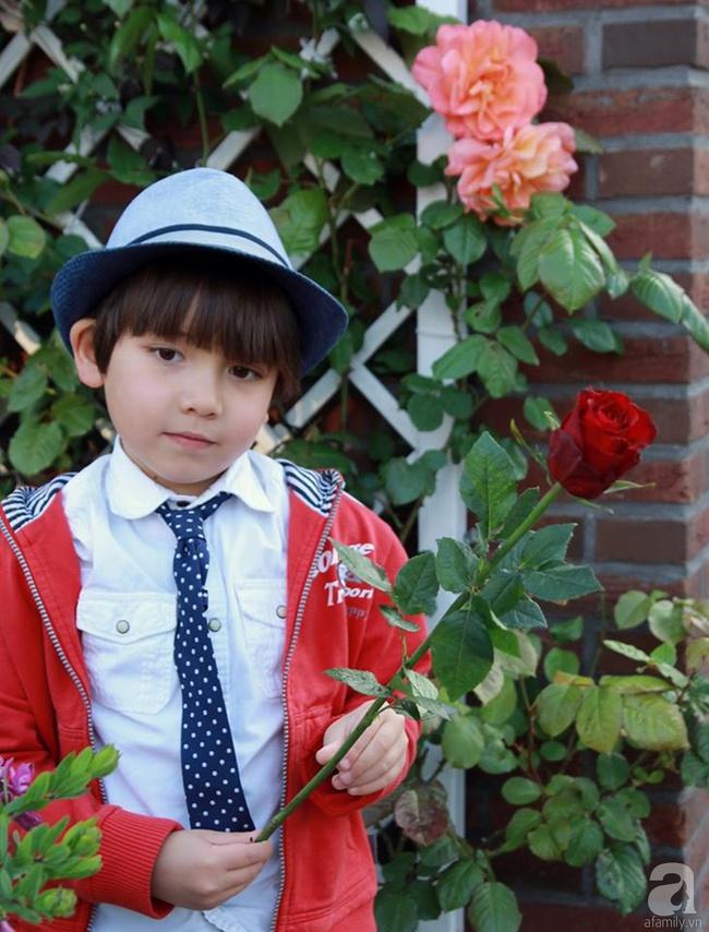 Vẻ đẹp cuốn hút của hoàng tử lai mang 2 dòng máu Việt – Hà Lan - Ảnh 28.