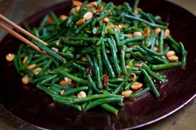 3 tuyệt chiêu chế biến để món rau xanh mướt mát, thơm ngon như nhà hàng - Ảnh 3.